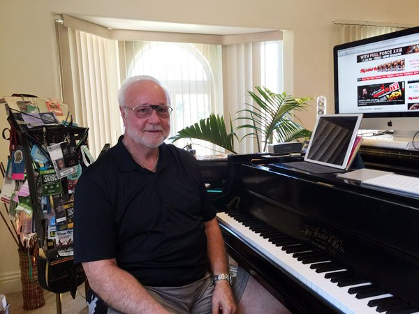Ron Anderson vocal coach in his studio